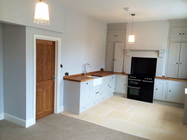 Cotswold Self-Catering apartment with great views