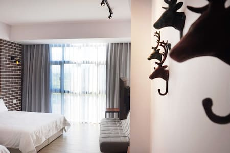 雙黃蛋生活空間 203四人套房 - Guesthouse