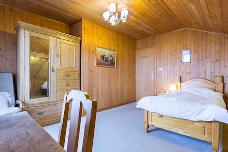 Lovely 3 bed room in trad chalet - Gryon - Chalet