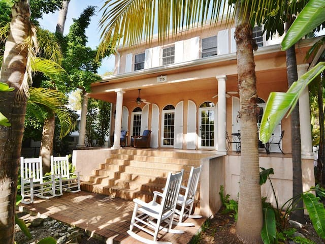 Little Hemingway House $167./nt SPRING/SUMMER SALE - 키웨스트(Key West)