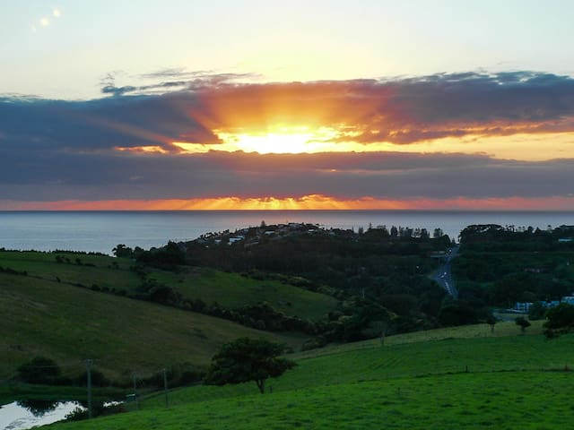 Saint Cloud Farm Retreat -a little piece of heaven - Kiama