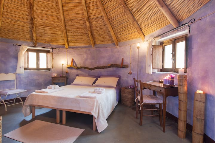 Luxury Hut Experience: Lavender