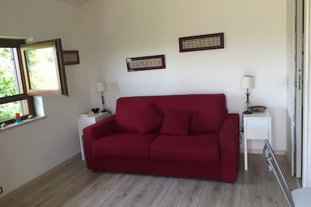 Casetta indipendente con piscina - Farfa - Apartment