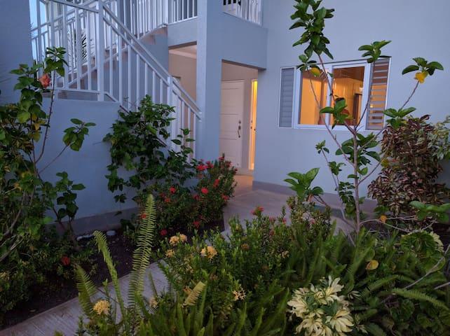 Cozy, relaxing, family friendly 2BR - Ocho Rios - Apartment