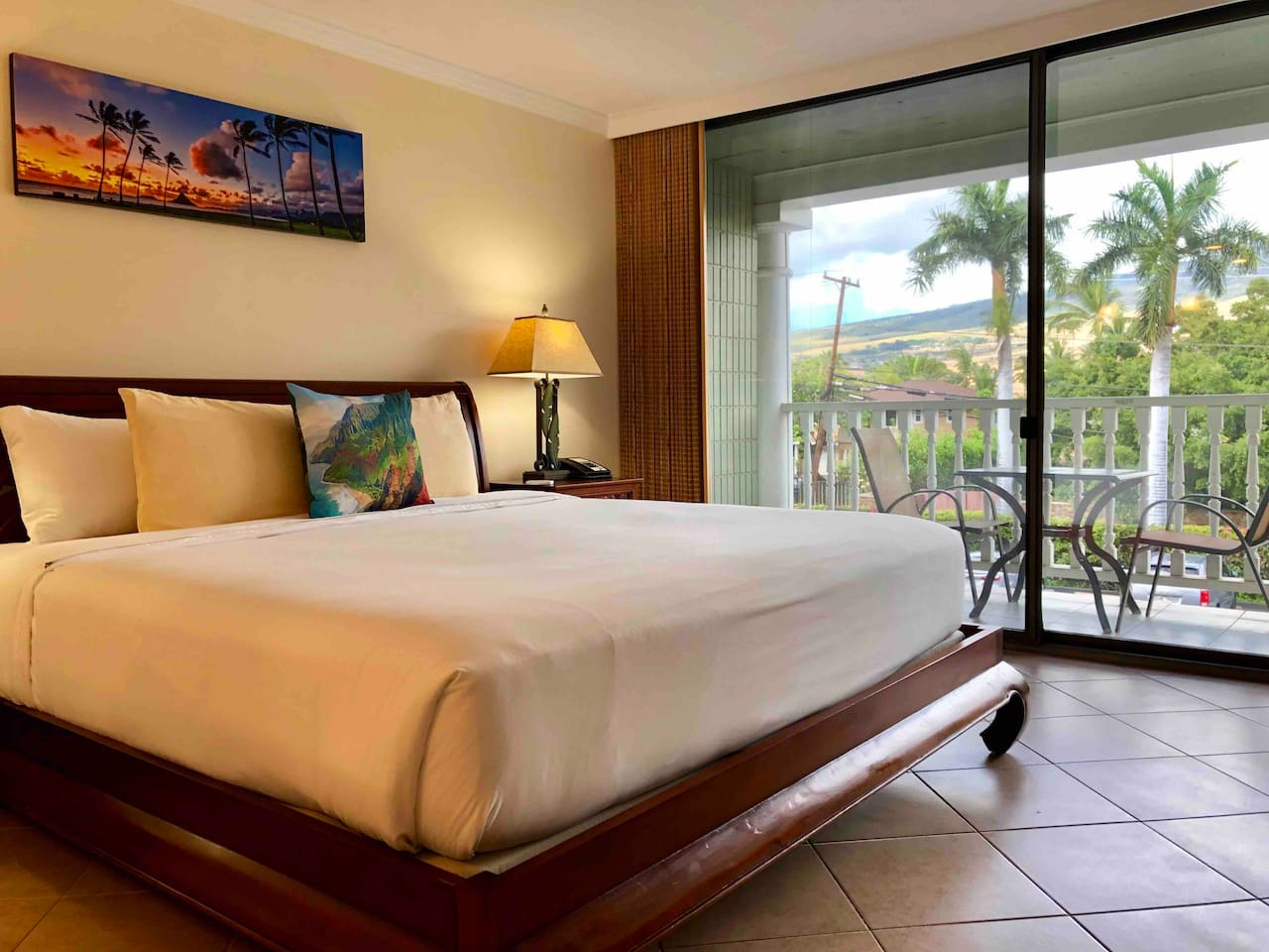 Enjoy a pleasant sleep on the king size bed and wake up to the breathtaking views of the West Maui Mountains.