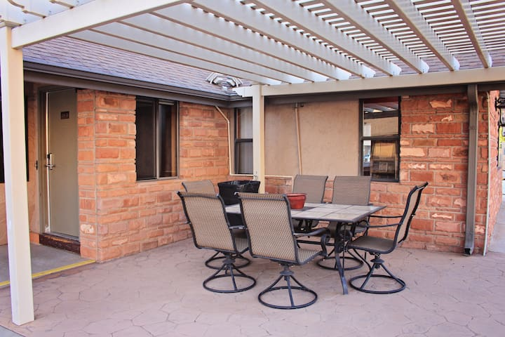 Spacious 3BR Apartment In Downtown Moab