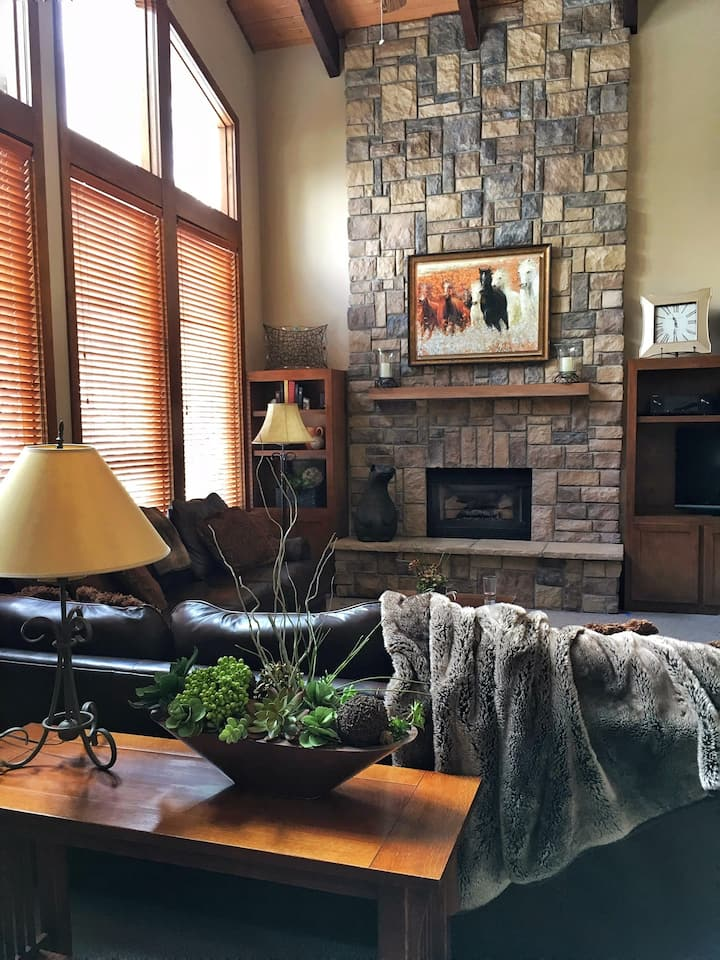 New listing: Spacious family home in East Vail, CO