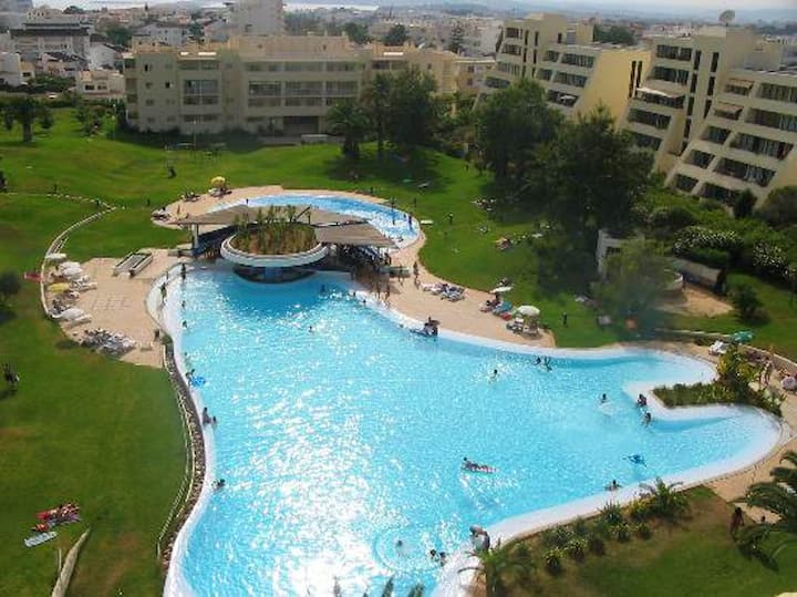 Apartment with one bedroom in Alvor, with wonderful sea view, shared pool and enclosed garden - 4 km from the beach