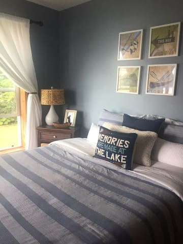 Queen Bedroom with lake views