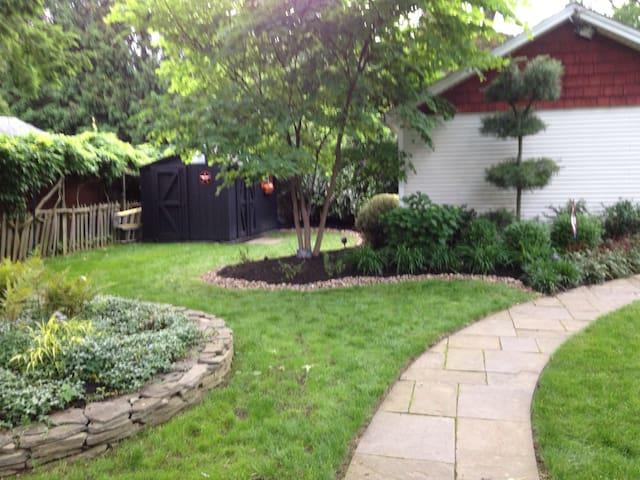 Charming Glenside Home - Glenside