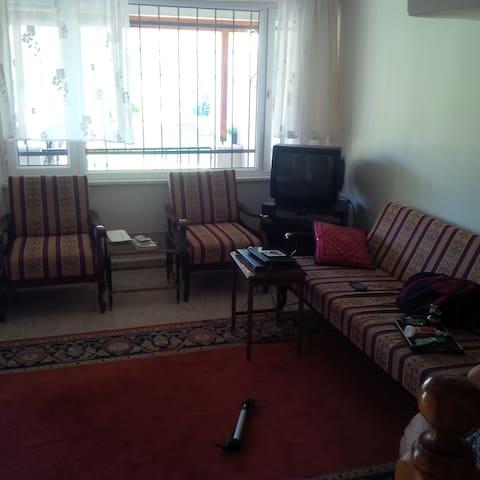 Triplex vacation house in Altınoluk - Altınoluk Belediyesi - House