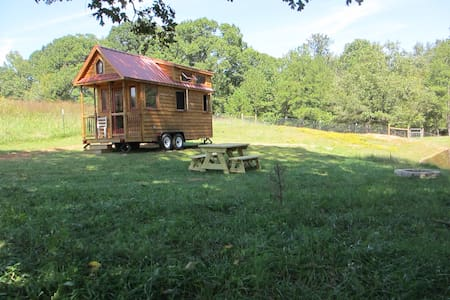 Cozy Tiny House near Athens, GA - Carlton - Chatka