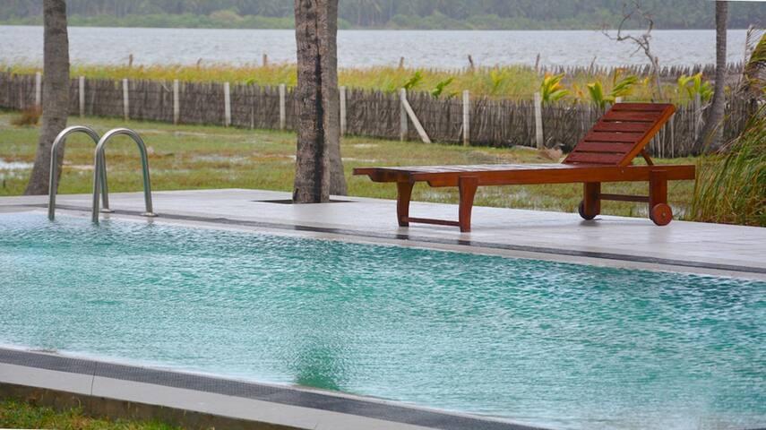 Kalpitiya Lake View Bungalow