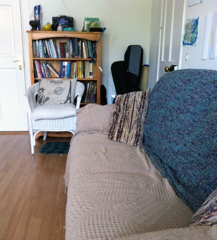 Dublin 7 two-bed house with garden - Cabra - Haus