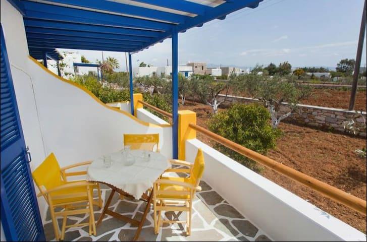 Family apartment for 5 people, Drios, Paros - Paros - Apartamento