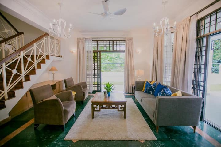 Stylish Homestay suitable for family gathering