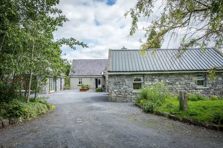 The Stable Beautiful Restore Galway Countryside - Athenry
