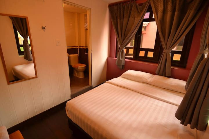 Queen Size Bed Next to Times Square - Kuala Lumpur - Bed & Breakfast