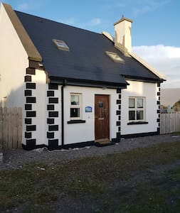 Beautiful house to rent - Achill, Ireland - Дом