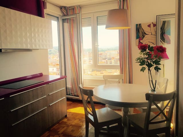 Big apartment with outstanding view - Torrelavega - Wohnung