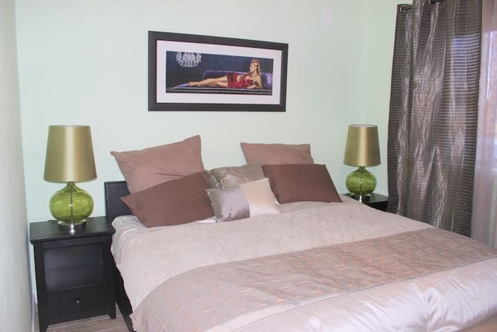 Delux Green Room - apartment - Johannesburg South - Appartement
