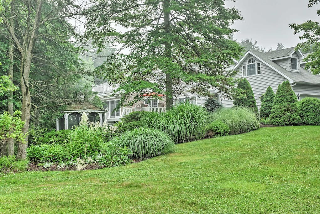 Impressive 5br long pond house w fire pit houses for for Long pond pa cabin rentals