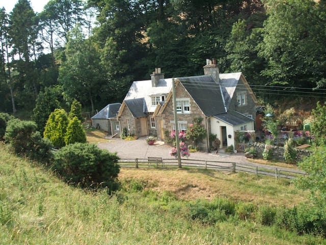 Willowherb  Self Catering Cottage near Hawick - Hawick - Casa