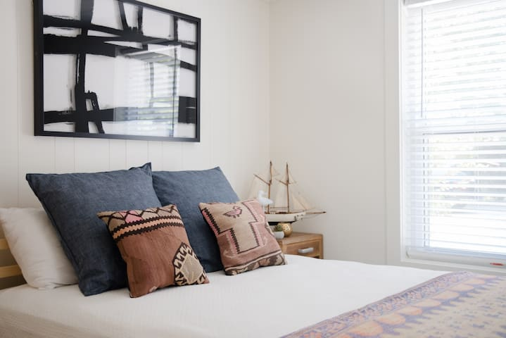 Guest Bedroom, Guest House