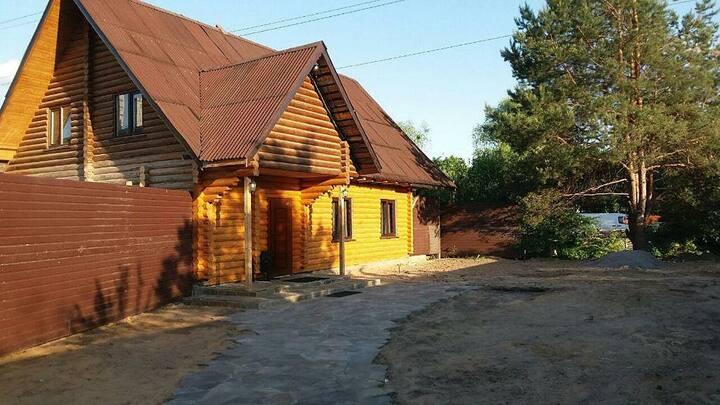 Нереально тёплый, комфортный и огромный дом.