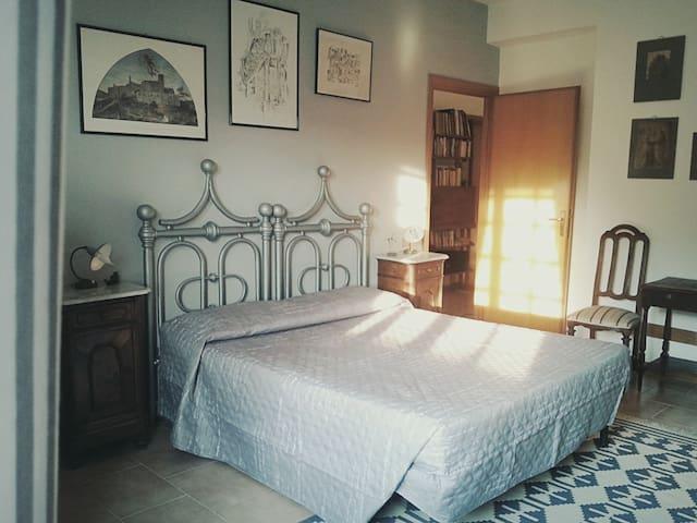 Matrimoniale nella campagna di Roma - Cesano - Bed & Breakfast