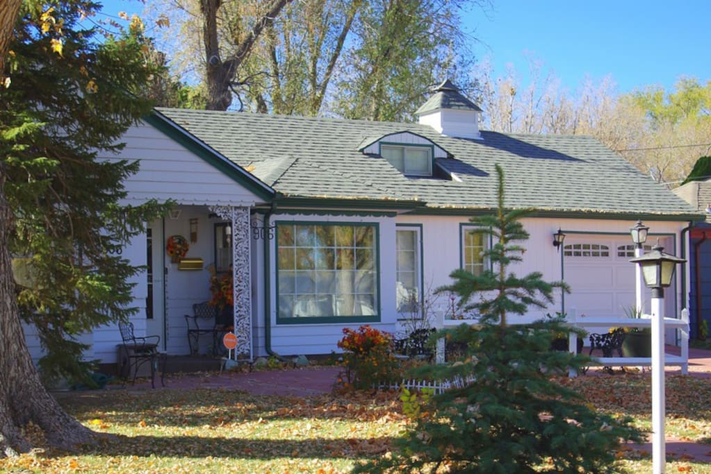 Quiet neighborhood, centrally located. Private entrance through the backdoor or garage.