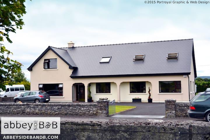 Abbeyside B&B Ballintubber, Mayo