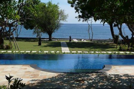 Peaceful Private Beachfront Villa  - Gerokgak