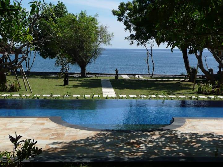 Peaceful Private Beachfront Villa