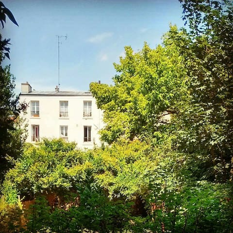 Charming studio on peacefull garden