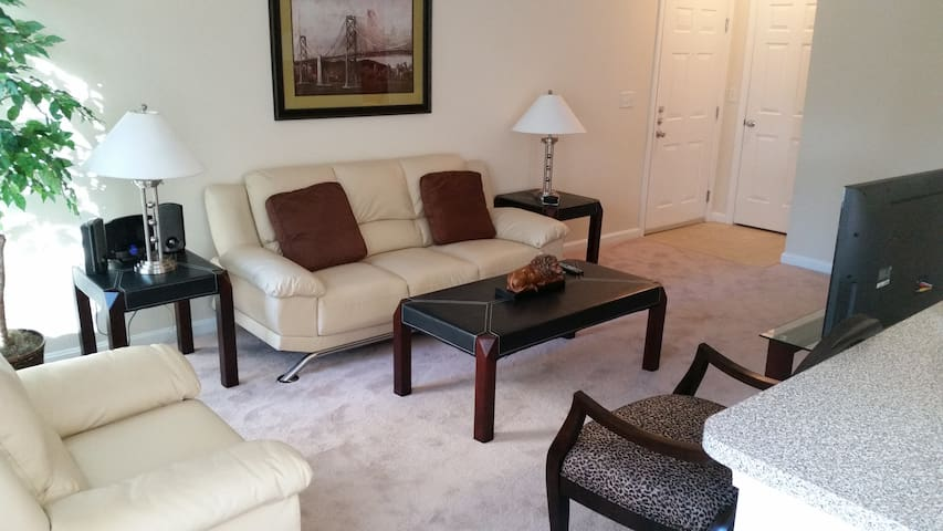N. Reading Furnished Corporate Apartment - North Reading - Apartamento