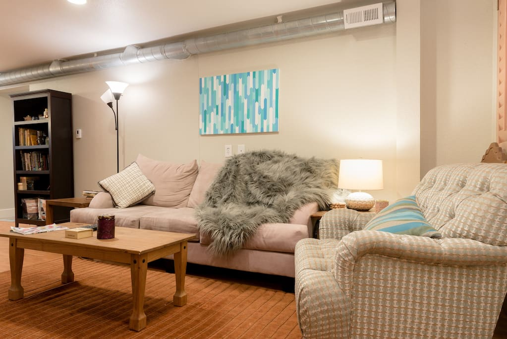 Spacious 2 Bedroom 1 5 Bath In Wash Park West Apartments For Rent In Denver Colorado United