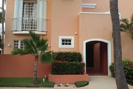 Beautiful 2 bdrm villa in PALMAS !! - Humacao - Appartement