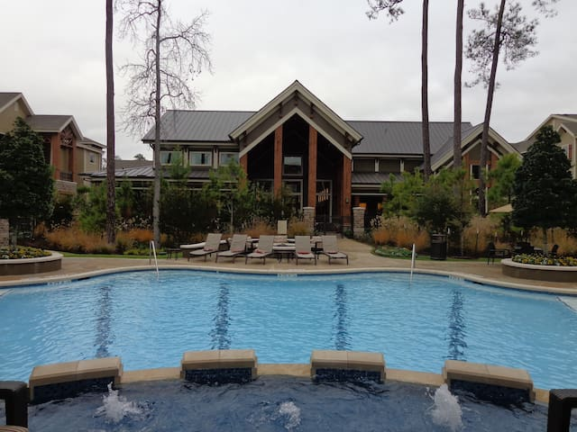 Pool View 1BDR/1Bath-Woodlands #72WL05 - The Woodlands - Apartamento