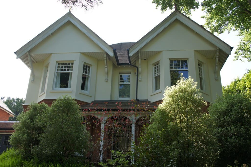 Large double-fronted Edwardian house with many original features