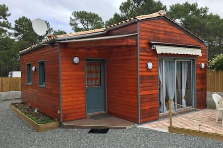Petite maison bois agréable tout confort - Lacanau
