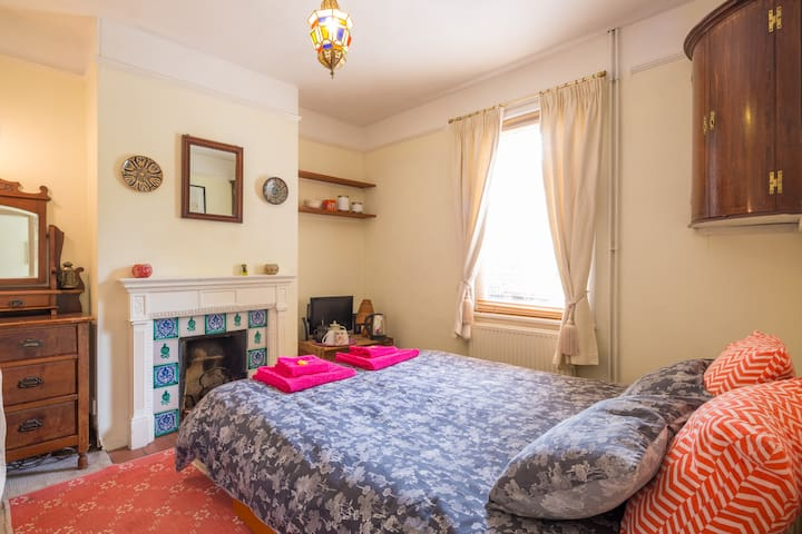 Cosy room close to Jesus Green