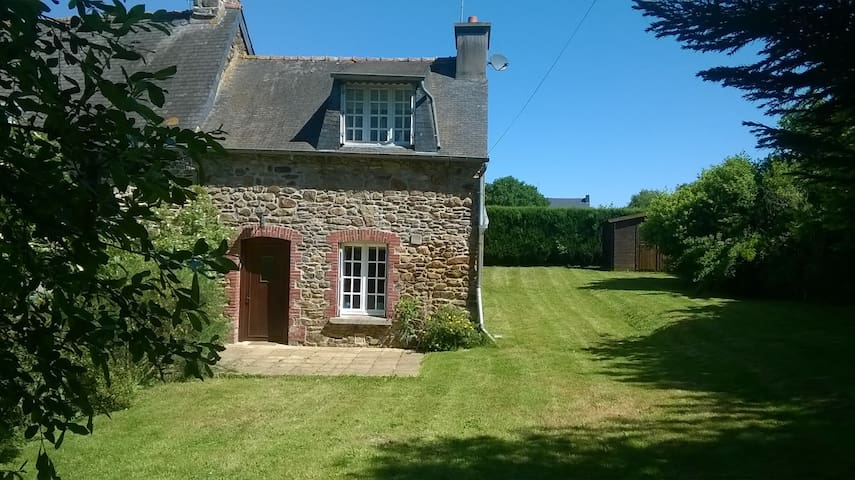 French rural country cottage - Plémet - Hus