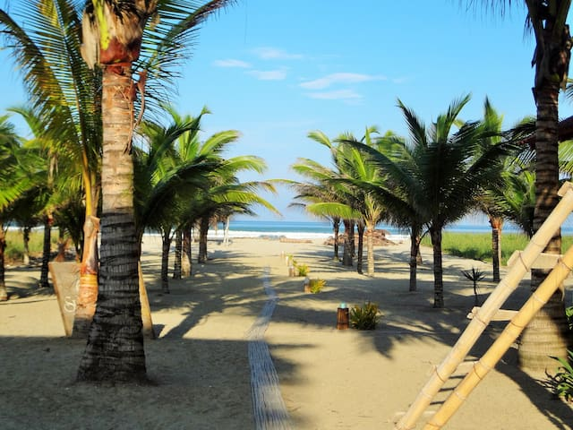 Coconut Surf Hotel Rm#4 - Canoa - Appartement