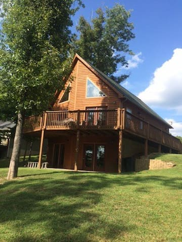 Lake House Getaway - Leitchfield - Hús