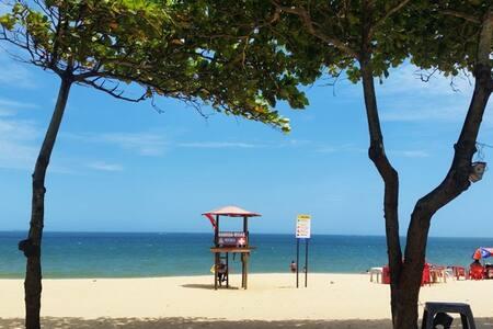 Belíssimo dois quartos na Praia de Itaparica