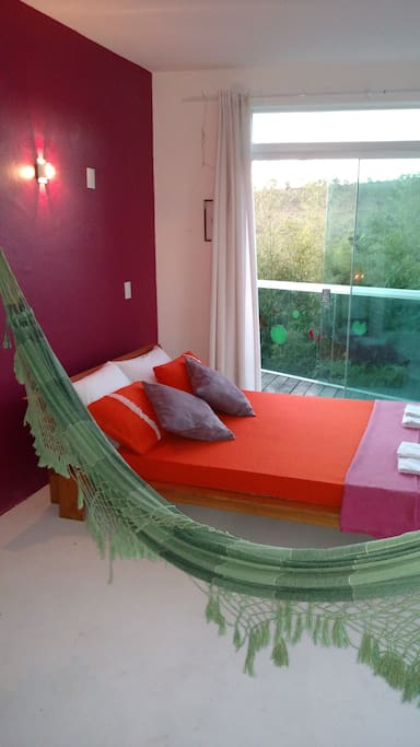 Quarto Vermelho - Red Bedroom