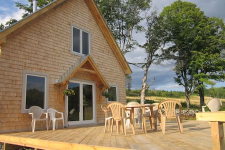 Cottage at Galusha Hill Farm, a secluded retreat - Topsham - Kabin