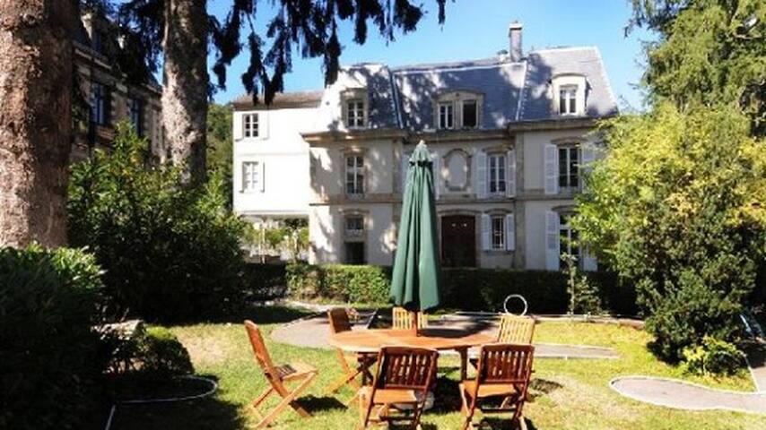 Duplex 61 m2 furnished upscale - La Bourboule - Flat