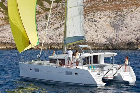 Dream Catamaran as your Home in Athens - Alimos - Barca